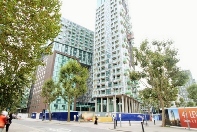 Photo 1, Lincoln Plaza, Millharbour, Canary Wharf, E14