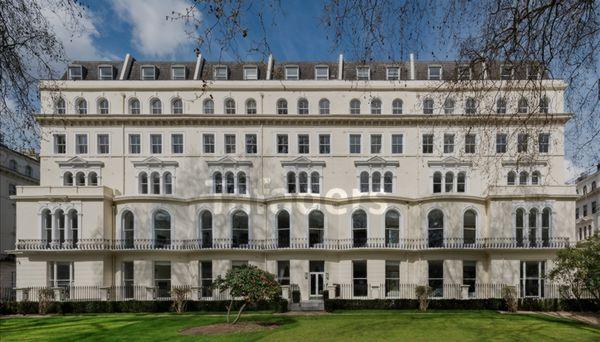 Photo 2, Garden House, Kensington Gardens Square, Bayswater, W2