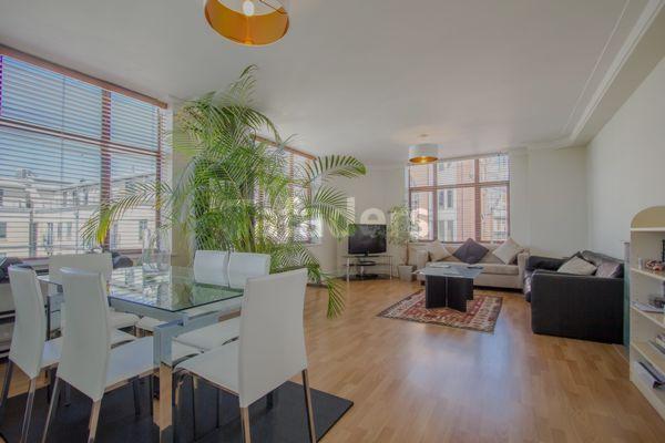 Reception room, Bridgewater House, Bridgewater Square, Barbican, EC2Y