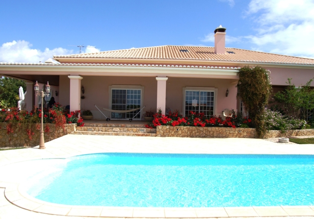 V0053 - 3 Bedroom Villa with Pool Near the Beach  Altura  Castro Marim  Portugal