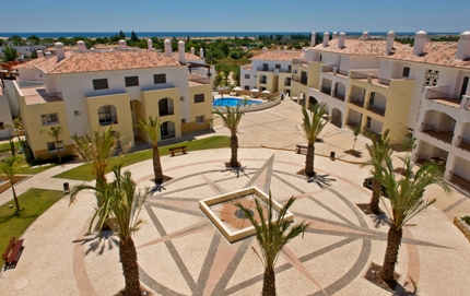V0241 - 3 Bedroom Townhouse With Pool  Cabanas  Tavira  Portugal