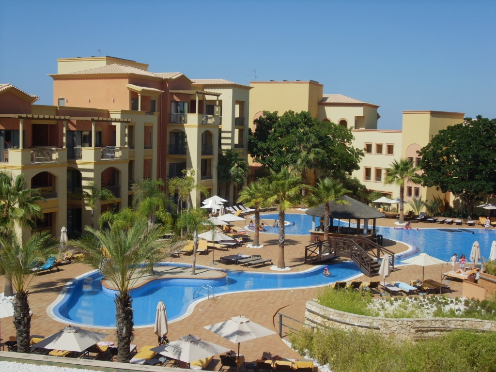 A0338 - 2 Bedroom Apartment overlooking Pool Area  Vilamoura  Portugal
