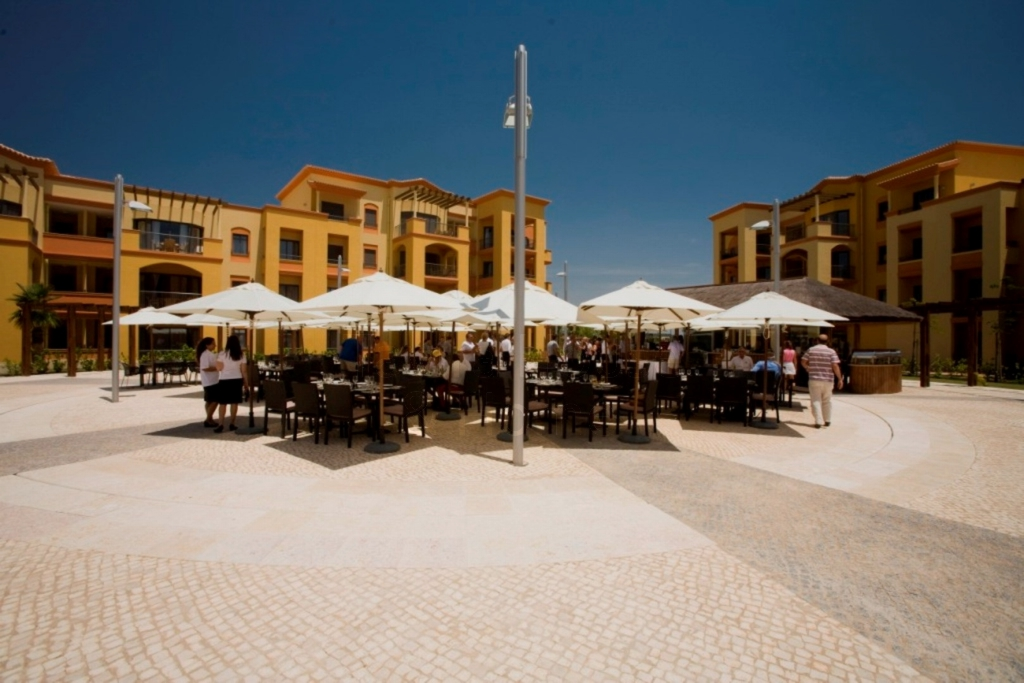 A0464 - 2 Bedroom Apartment on Luxury Complex  Vilamoura  Portugal