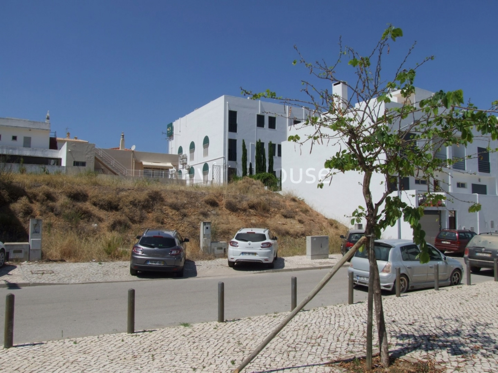 P0487 - Building Plot in Town Centre  Moncarapacho  Portugal