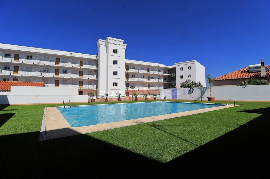 A0488 - 2 Bedroom Apartment With Pool  Vila Real De Santo Antonio  Portugal