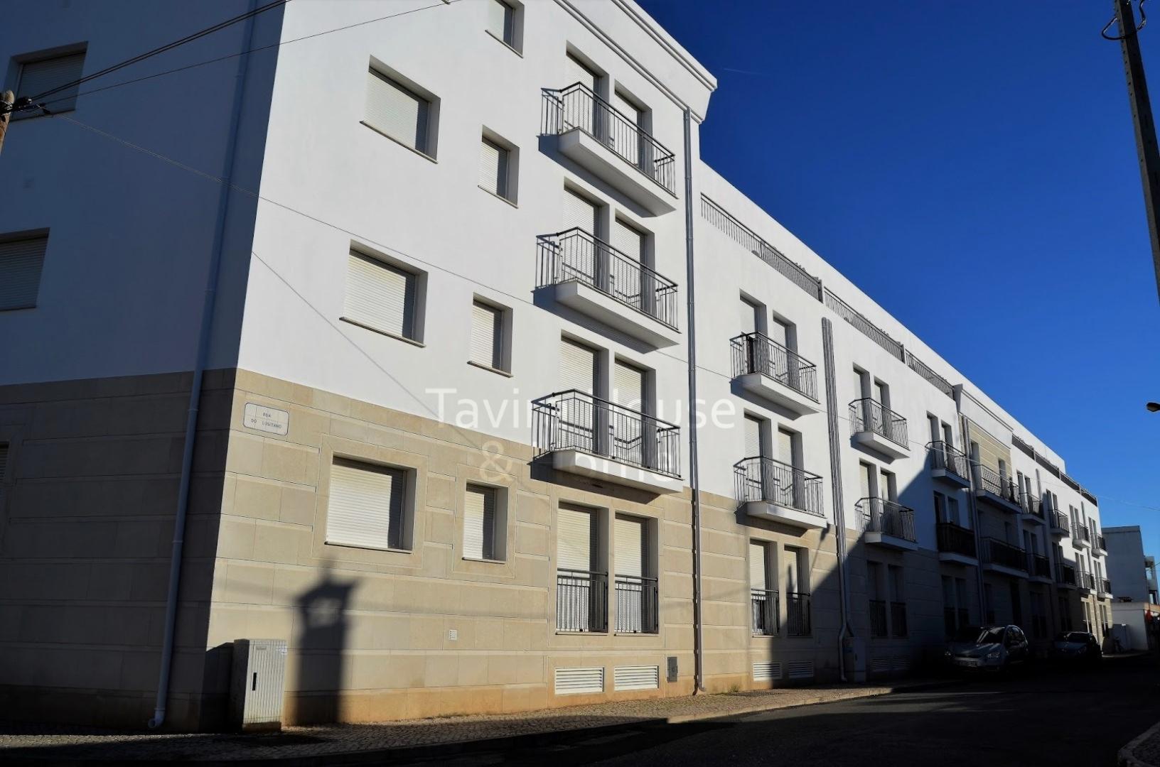 A0498 - 3 Bedroom Apartment With Pool  Vila Real De Santo Antonio  Portugal