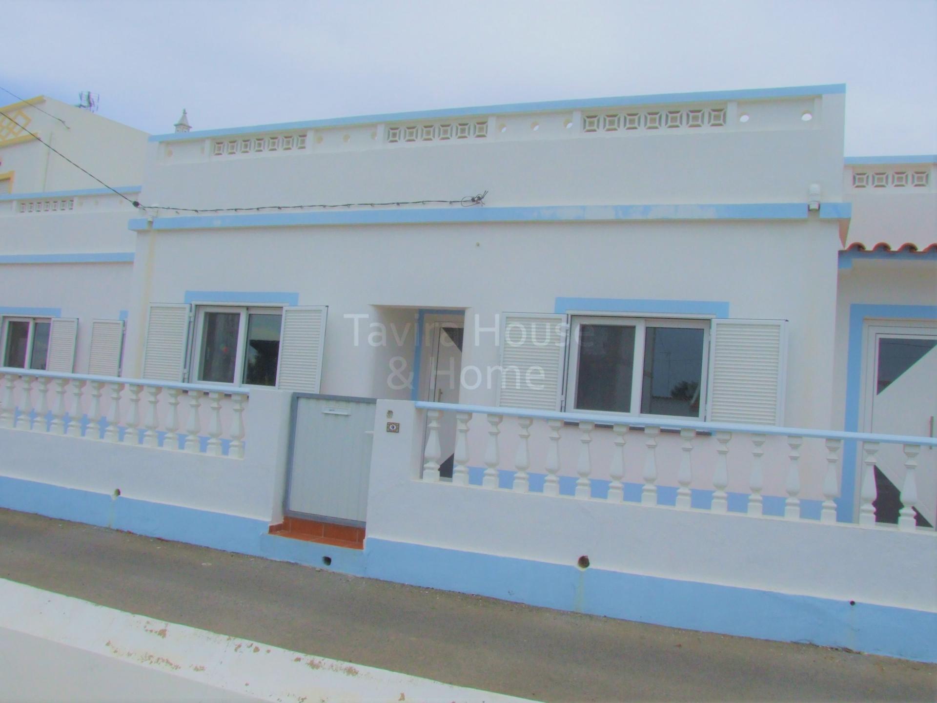 V0575 - 4 Bedroom Villa with Annex  Vila Nova de Cacela  Portugal
