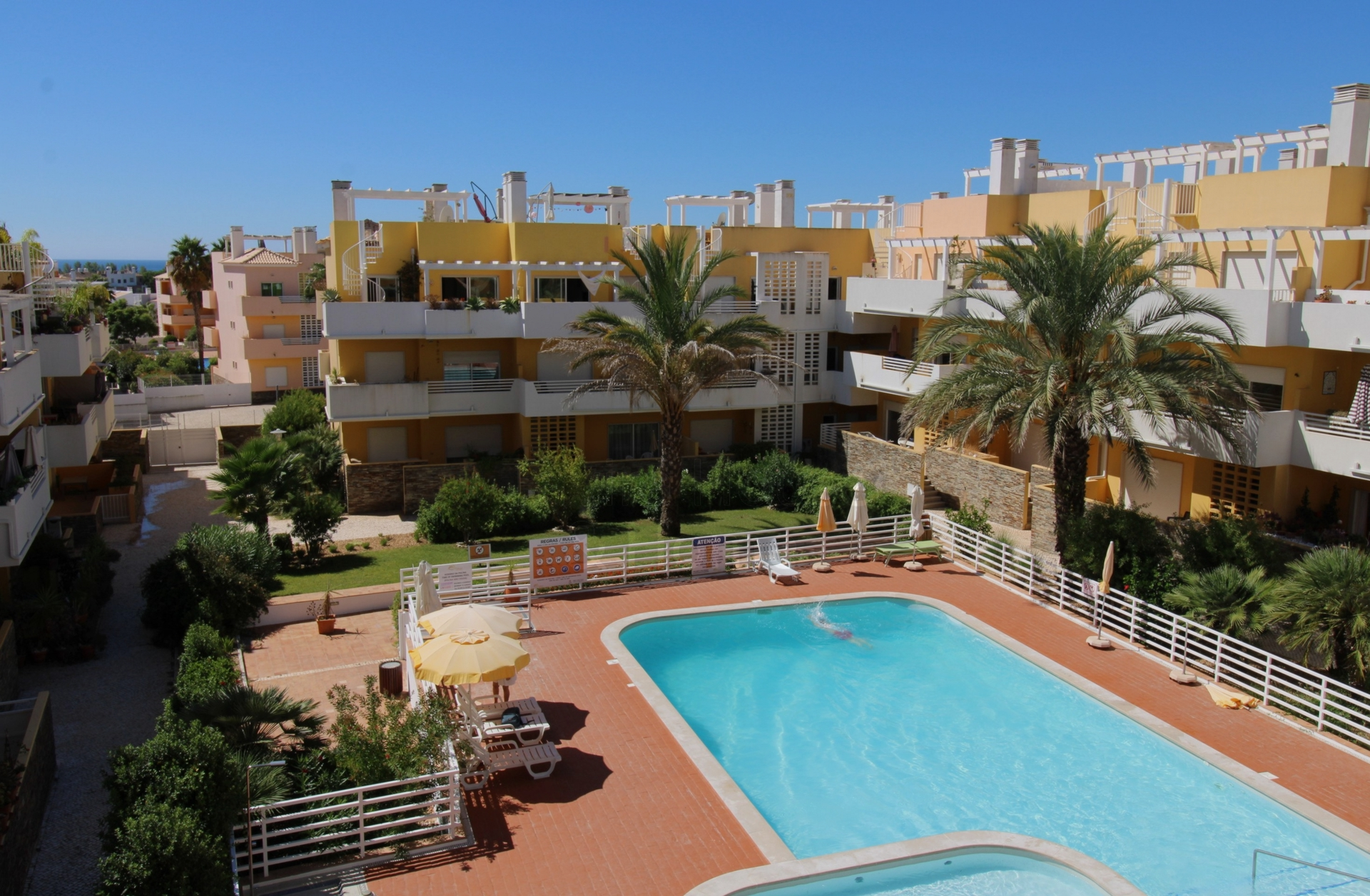 A0613 - Penthouse 2 Bedroom Apartment With Roof Terrace  Cabanas  Tavira  Portugal