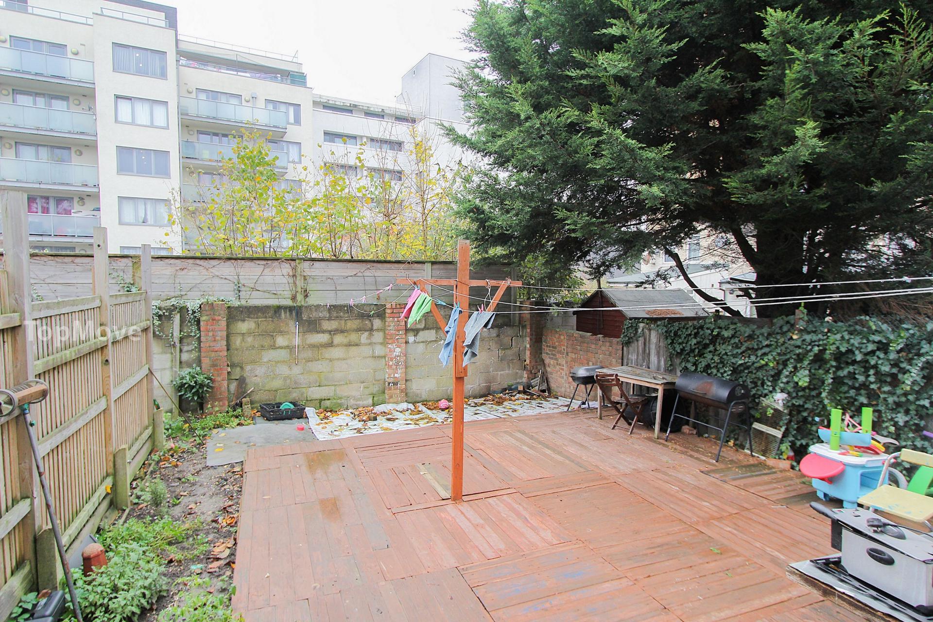Kelling Garden  Croydon  CR0