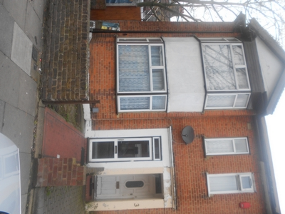 Front, Hampton Road, Ilford, IG1