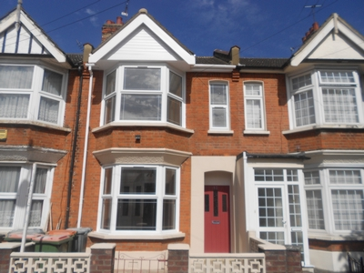 Photo 1, Hatherley Gardens, East Ham, E6