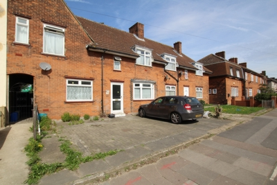 Photo 1, Mayfield Rd, Dagenham, RM8