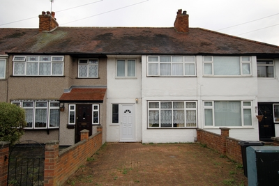 Photo 1, Lodge Lane, Romford, RM5