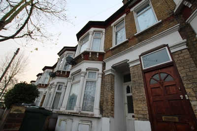 Salcombe Road  Walthamstow  E17