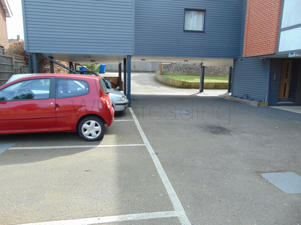 1 allocated parking space