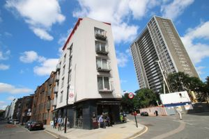 Photo 1, Goswell Road, Clerkenwell, EC1V