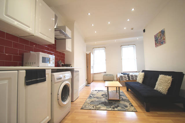 Goswell Road  Barbican  EC1M