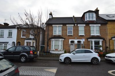 Photo 2, Mulberry Way, South Woodford, E18