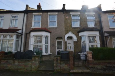 Photo 1, Worcester Road, Walthamstow, E17